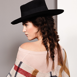 Women_Unique_Thumb_FW18.jpg
