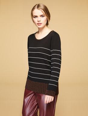 Pullover aus Viskose- und Wollmix