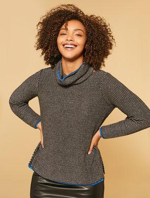 Pullover aus Garn
