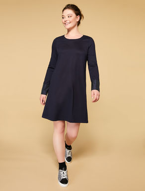 Robe au point de Milan et taffetas
