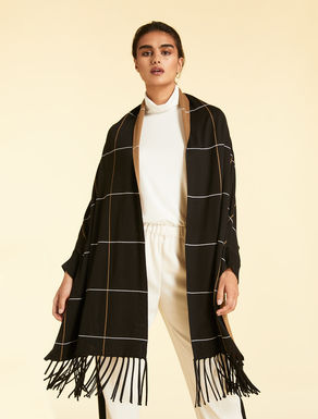 Jacquard knit cape
