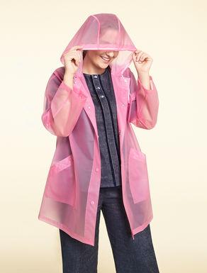 Shower-proof raincoat