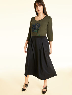 Skirt in technical wool