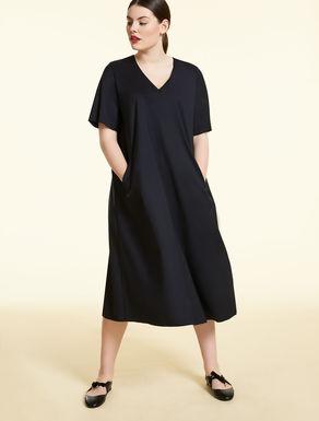 Kleid aus technischer Wolle