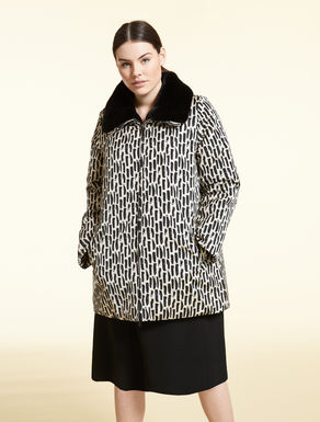 Jacquard down coat