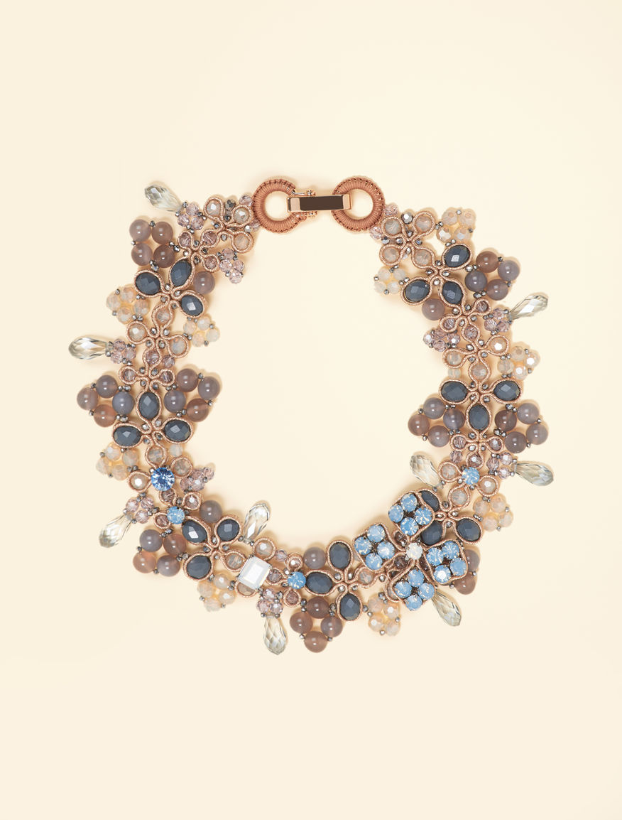 Necklace with crystals and beads
