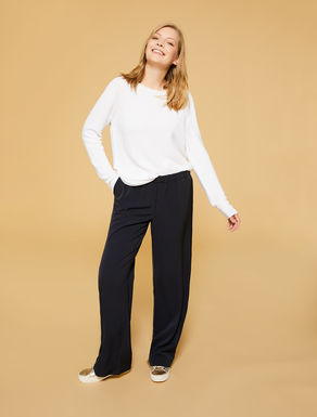 Flowing stretch fabric trousers