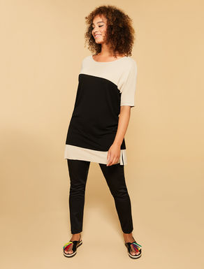 Flowing viscose top