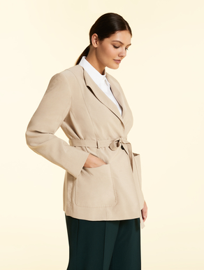 Flowing twill jacket
