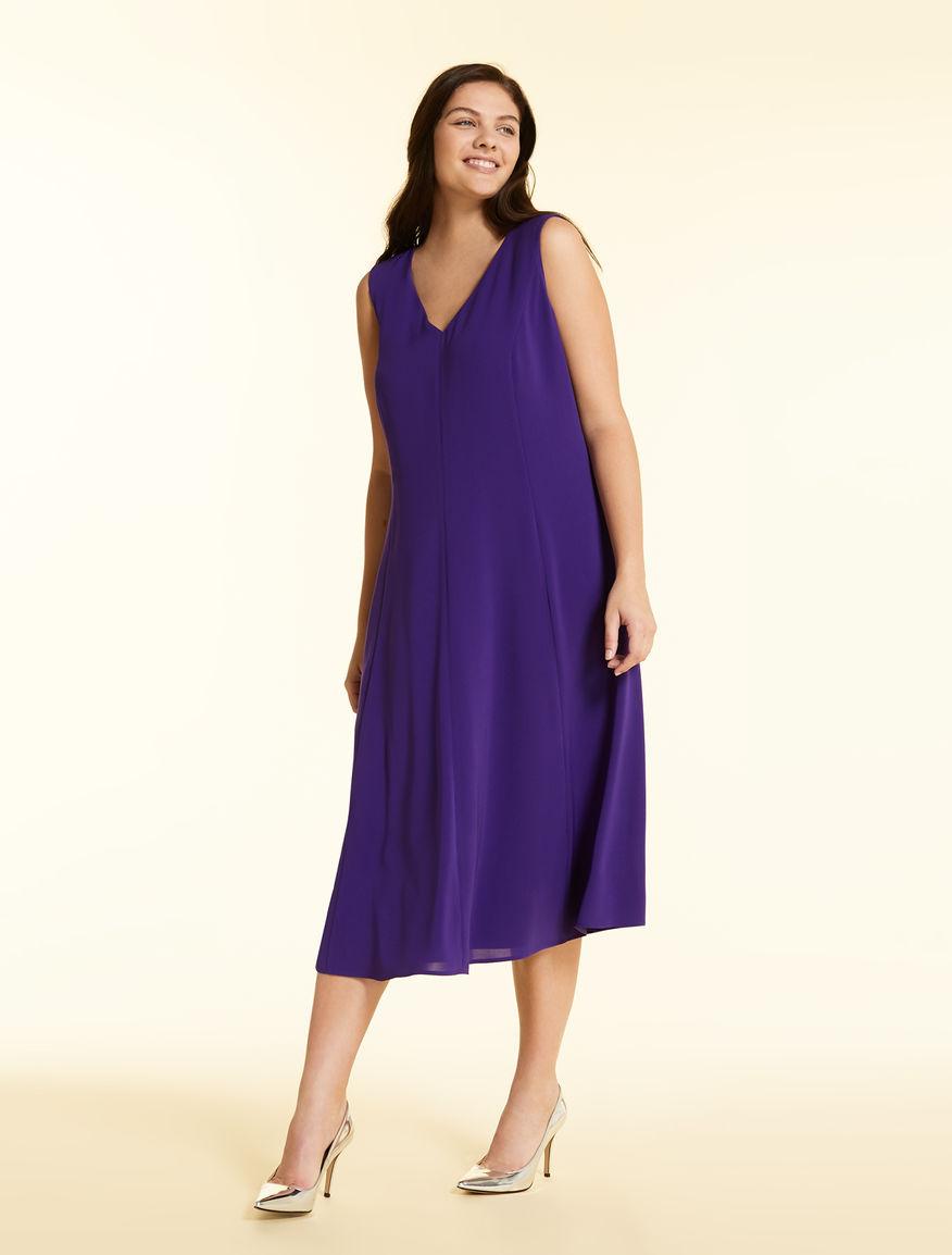 Dress in light triacetate