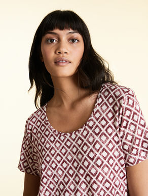 T-shirt in printed viscose jersey