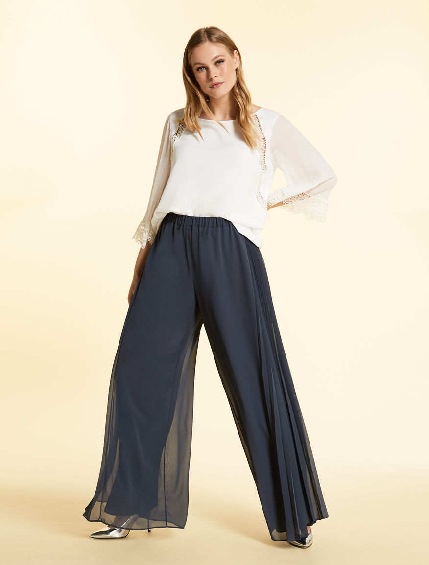 Loose trousers in georgette