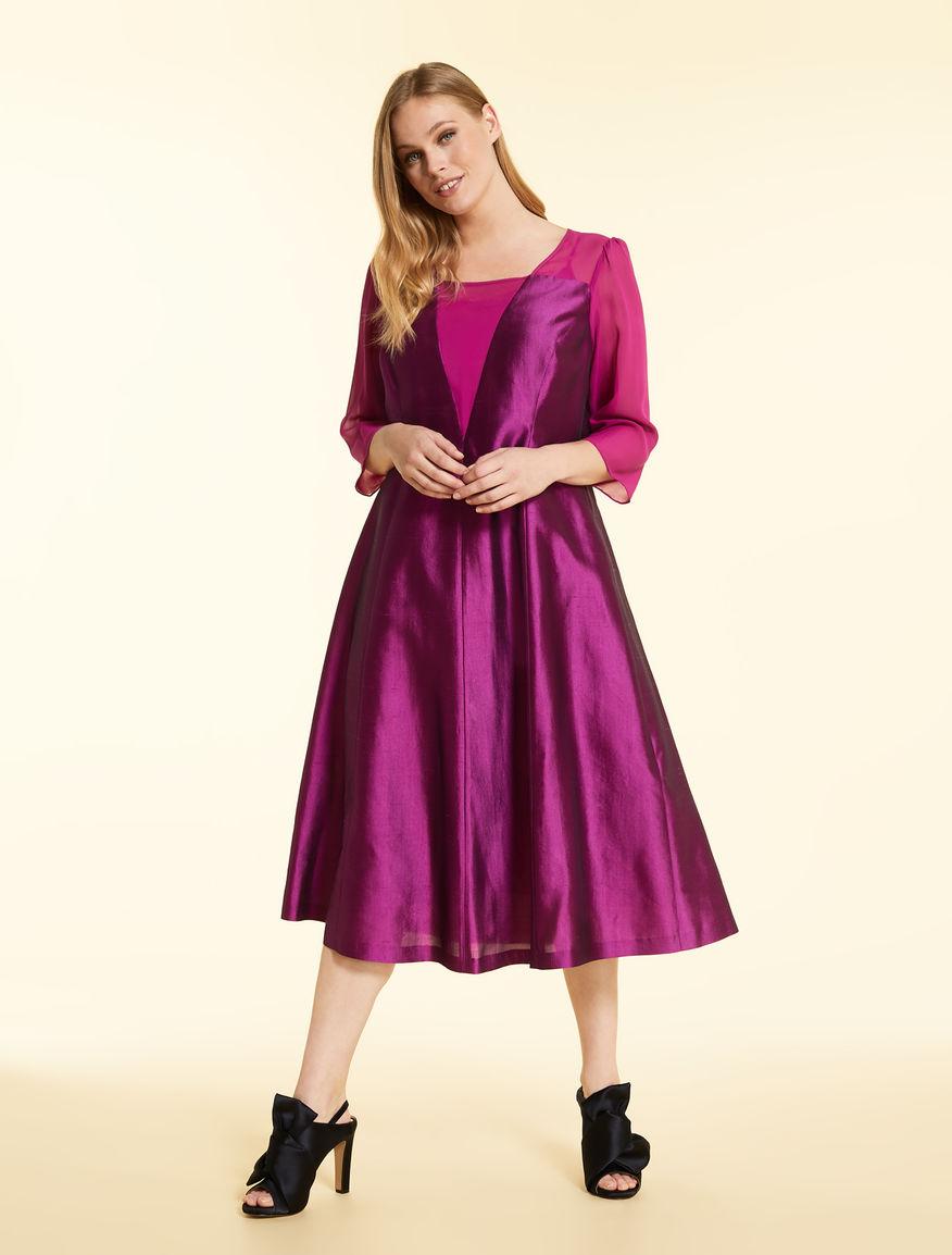 Long dress in lightweight shantung