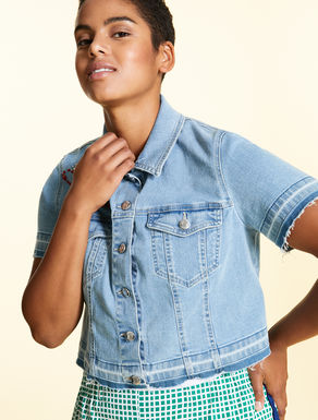 Veste courte en denim stretch