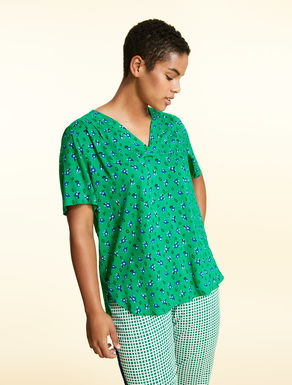 Printed, flowing viscose tunic