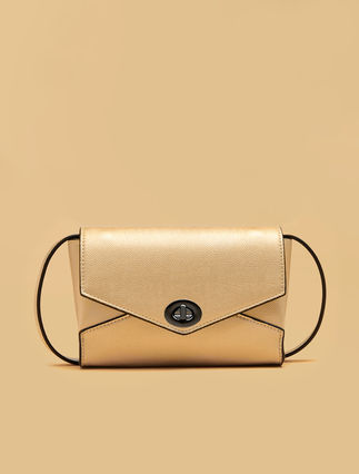 Belt bag with flap