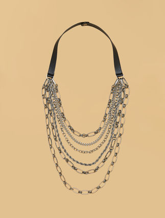 Necklace with chains