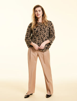 Stretch wool trousers.