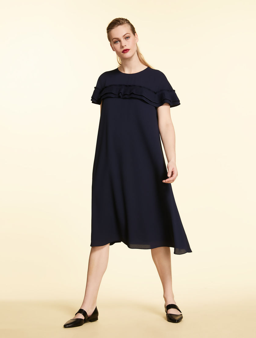 Lightweight crêpe dress