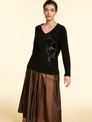 Viscose sweater with embroidery