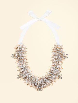 Halskette mit Pailletten und Strass